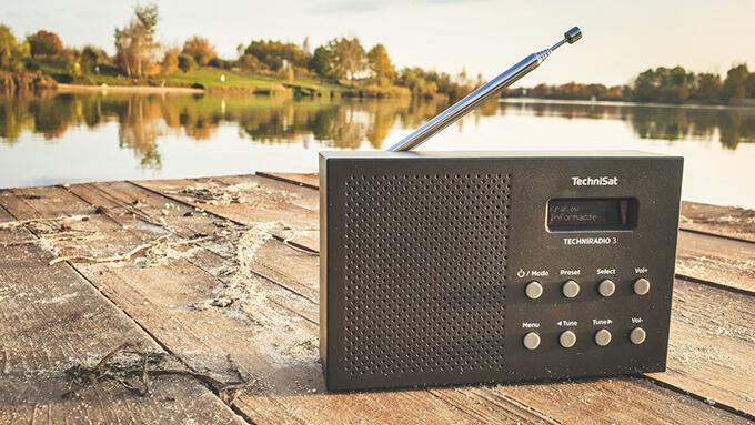 odbiornik radiowy FM / DAB+